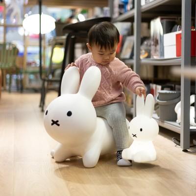 玻璃钢儿童兔子坐凳