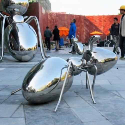 蚂蚁不锈钢雕塑