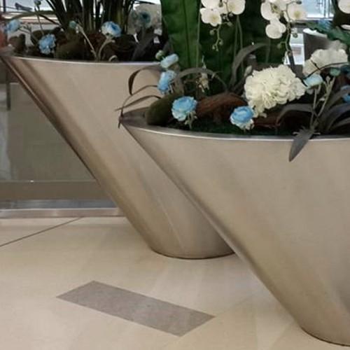 不锈钢倾斜花盆