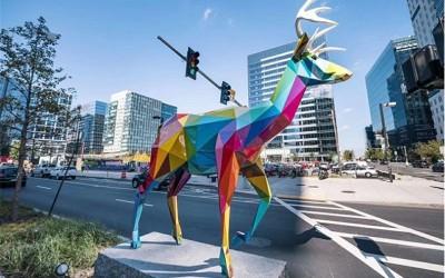 玻璃钢雕塑为什么这么受欢迎?原来玻璃钢雕塑有这么多优势!