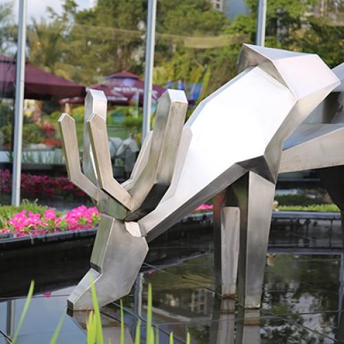 不锈钢鹿雕塑园林景观水景摆件