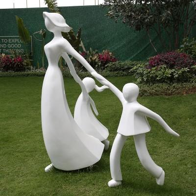 幸福牵手玻璃钢雕塑人物公园小区摆件