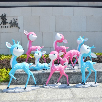 梅花鹿卡通玻璃钢雕塑户外动物景观广场摆件