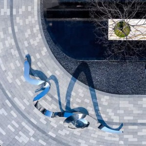 流线不锈钢景观雕塑艺术创意异形摆件