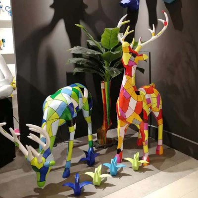 玻璃钢长颈鹿几何雕塑园林景观景区售楼部大型鹿摆件
