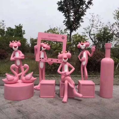 玻璃钢卡通粉红豹雕塑网红奶茶店商场餐厅门口摆件