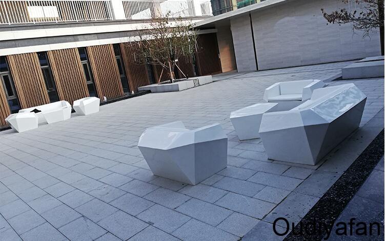 玻璃钢菱形沙发怎么样?