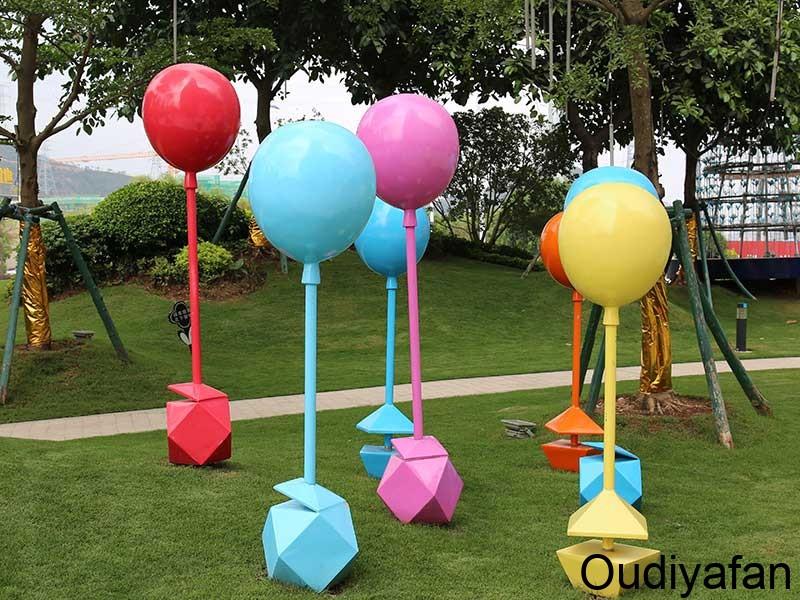 气球玻璃钢雕塑,这样独特大型地标向导你见过吗?