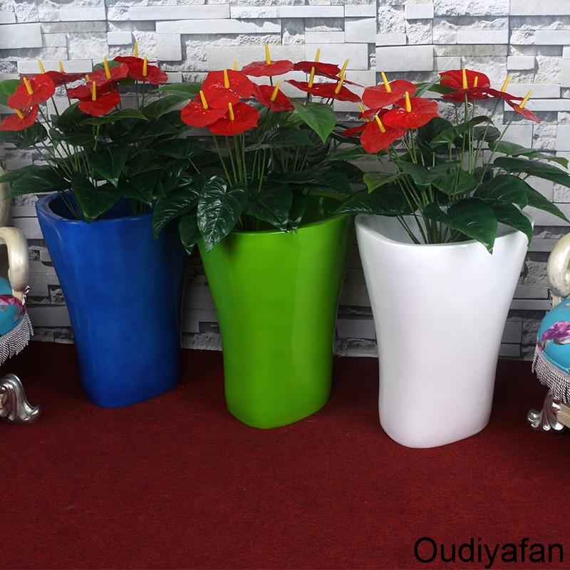 花盆用什么材质好,大家为什么都选择玻璃钢花盆?