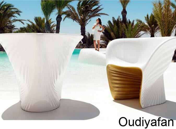 玻璃钢茶几坐凳带你领略海边的风光!