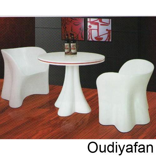 玻璃钢家具-茶几打造时尚客厅空间!