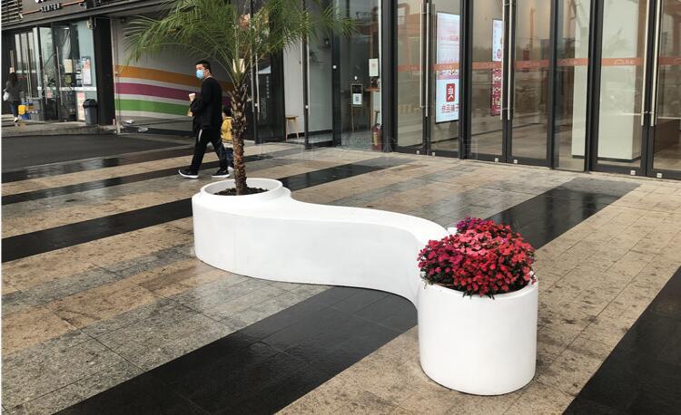 户外创意玻璃钢花盆座椅,开业大典都喜欢这款座椅!