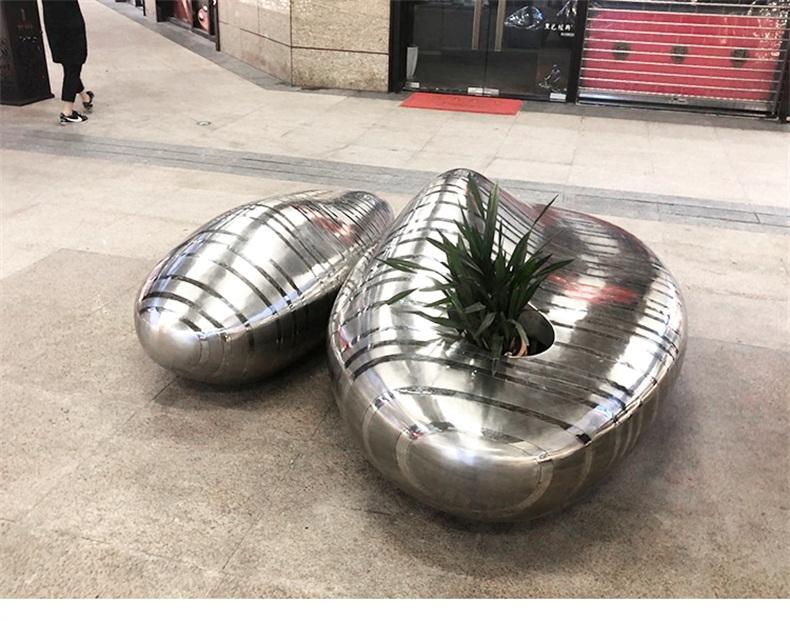 不锈钢鹅卵石坐凳
