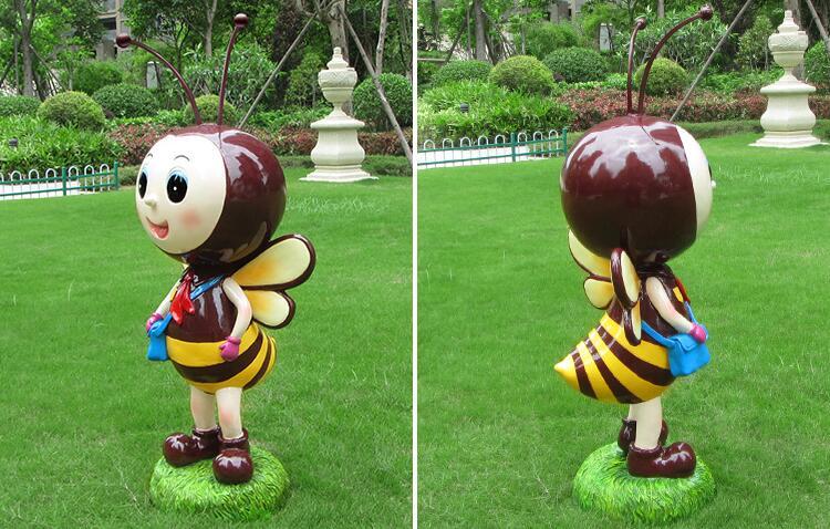 玻璃钢萌物,卡通蜜蜂雕塑!