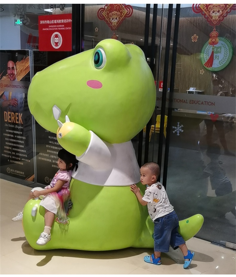 小恐龙玻璃钢雕塑商场动物儿童乐园雕塑