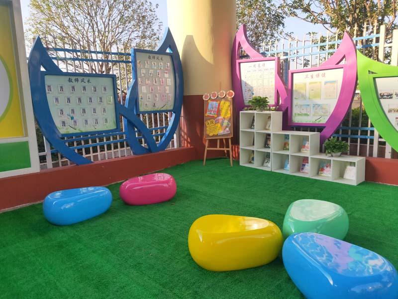 佛山乐瑞幼儿园玻璃钢鹅卵石坐凳!