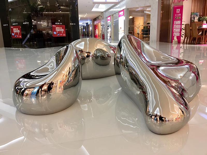 不锈钢异形镜面弧形创意美陈景观弯曲坐凳