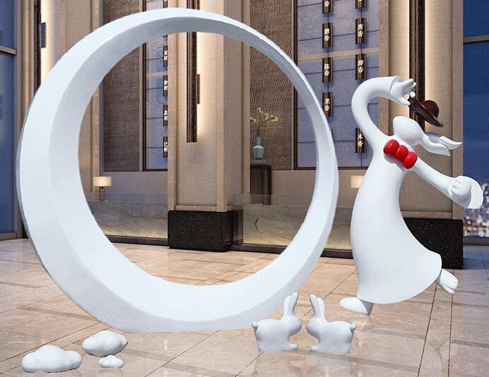 中秋美陈放什么摆件,玻璃钢月亮玉兔雕塑!