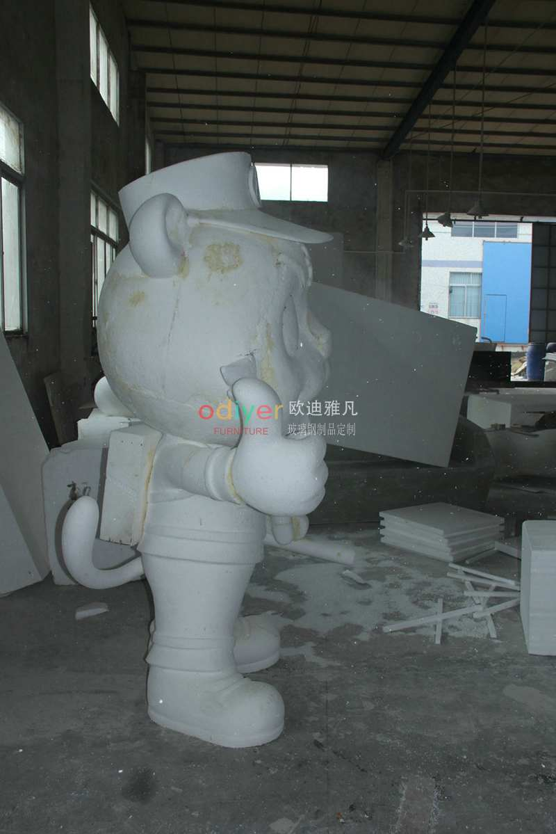 玻璃钢老虎雕塑卡通公仔消防员雕塑摆件