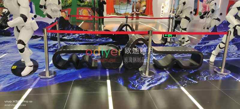 陕西西安电影制片厂定制玻璃钢创意电影胶卷坐凳